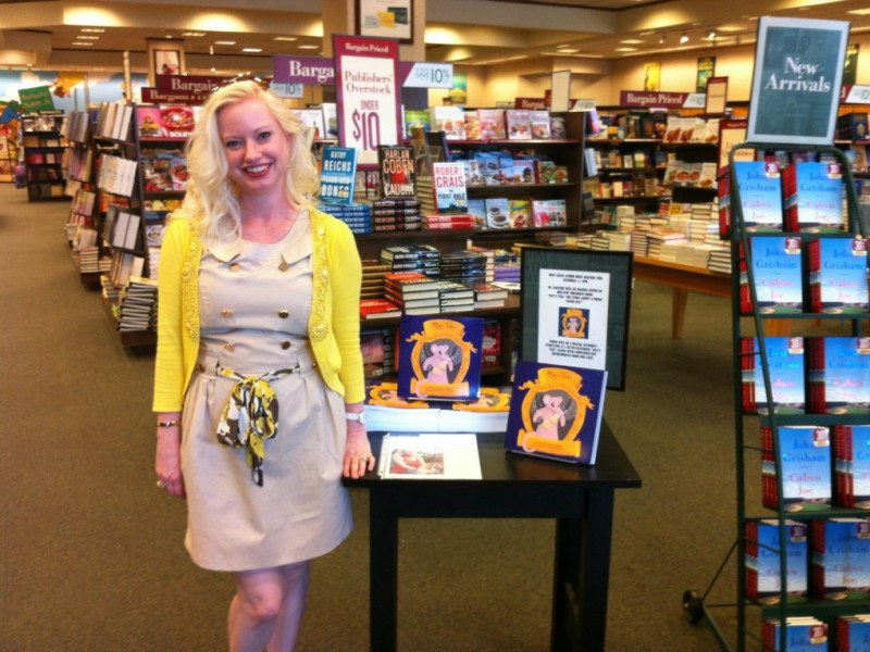 Missy-Rats-Tale-Book-Display-BN-Waco